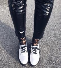 Bijele cipele