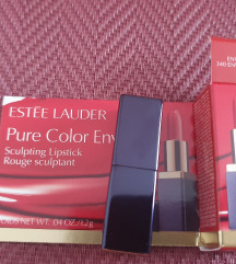 ESTEE LAUDER-Pure Color Envy-Crveni ruž 💄💋
