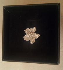 Srebrni prsten cvijet