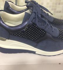 Cipele plave NOVE