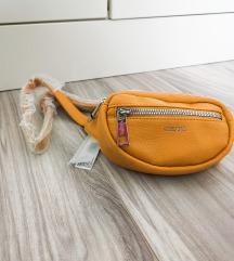 Nova Carpisa torbica