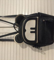 Crni NOVI ruksak