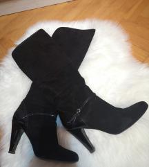 Crne čizme visoke brušena koža