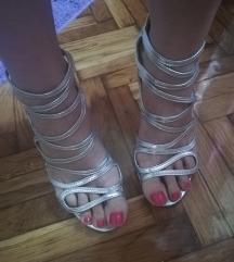 Srebrne sandale 40