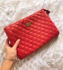 Pismo crvena torbica