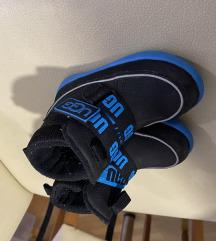 Djecje cipele/buce Ugg