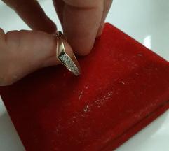 Prsten zlatni NOVO (Snizenooo)