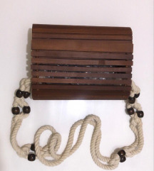 Zara drvena hand made torba