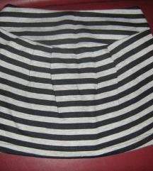 Kratka suknjica, veličina XS, Fishbone, topla