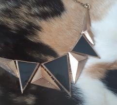 Zlatno-crna ogrlica