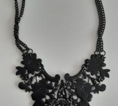 Ogrlica od metalne cipke