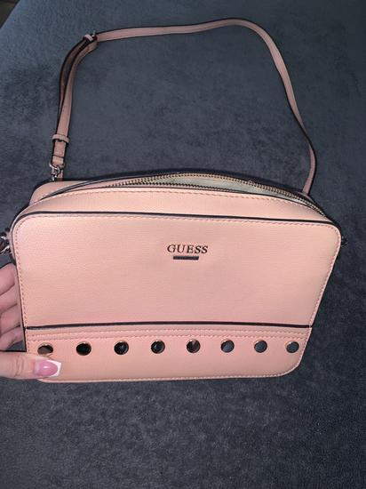 Guess moderna torbica roza