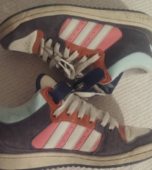 Adidas // Pastel Old School