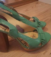 Zelene sandale s drvenom petom