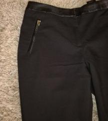 Crne, nove poslovne hlače