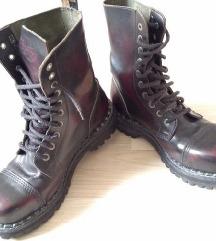 Sa pt! - Steel kožne čizme