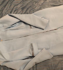 Trench coat baby blue boje