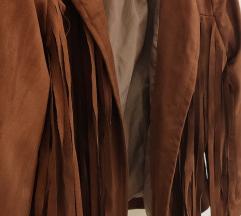 Ženska jakinica s resama