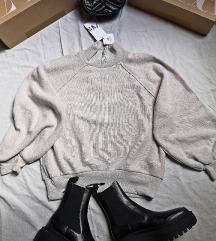 Majica Zara sa zvonolikim rukavima oversize