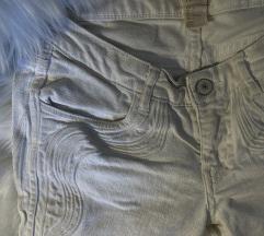 H&M bijele traperice