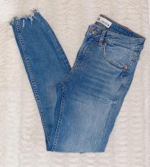 Nove Zara traperice 34