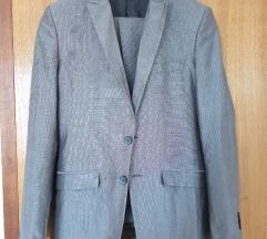 Zara musko odijelo