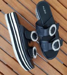 ALDO popularne crne sandale na petu / platforma