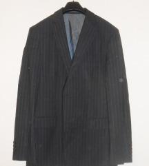 %% Muško odijelo, Hugo Boss