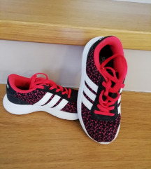Adidas tenisice br. 29