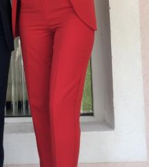 Crvene hlače