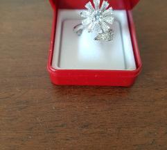 Novi srebrni prsten Cvijet sa cirkonima