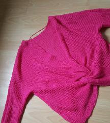 Novi pulover xs
