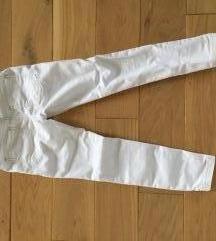 Benetton hlače 6-7g