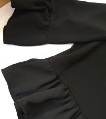 nova crna bluza s volanima