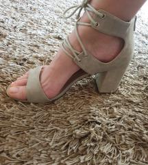Sandale boje pijeska