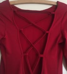 Uska crvena haljina dugi rukav (na leđima vezanje)