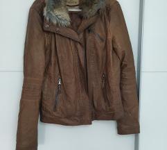 Berhska 🐿️ smeđa jakna sa krznom