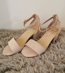 Sandale(Nove)