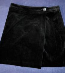 Crna baršunasta suknja