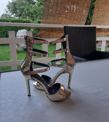 Zlatne sandale, veličina 37