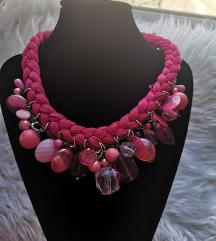 Prekrasna ogrlica
