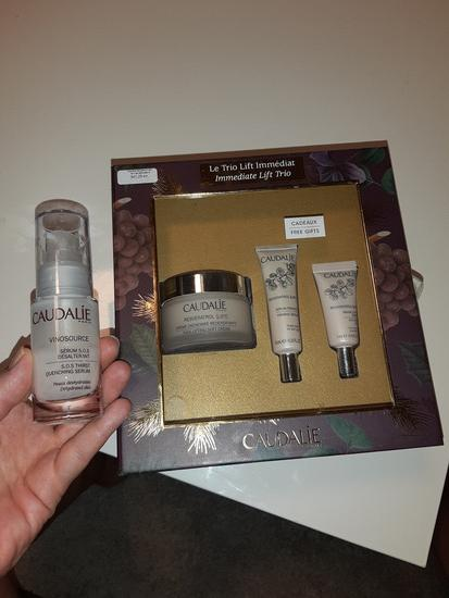 Caudalie Resveratrol lift set plus poklon
