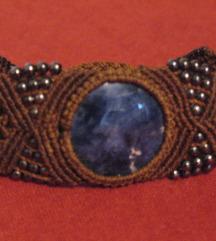Nenošena narukvica lapis lazuli