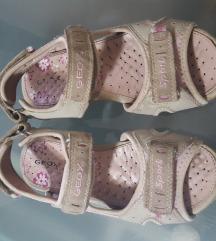 Geox sandale br.32