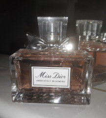 MISS DIOR Absolutley Blooming
