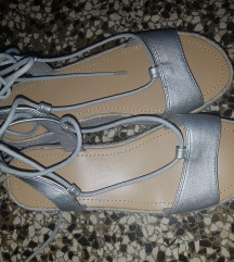Benetton sandale/platformice 37 nove