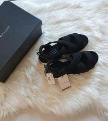 Nove Tommy Hilfiger sandale, original