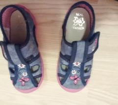 Papučice, 26