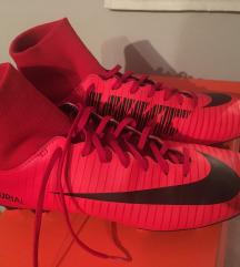 Nike kopačke sa čarapom