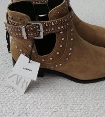 Zara kozne gleznjace cizme
